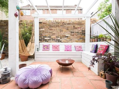 Photo for 2 bed house w/garden & parking in Stoke Newington