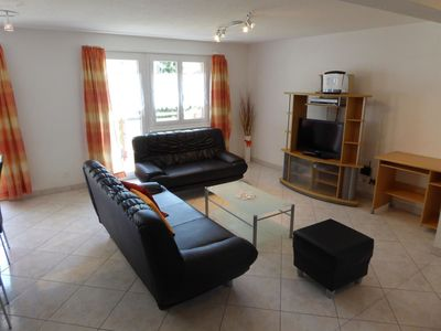 Photo for Beautiful apartment for 8 people with WIFI, TV, balcony, pets allowed and parking