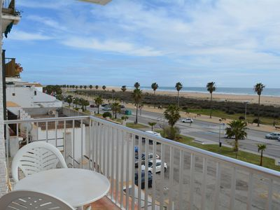 Photo for Apartment on the beach front, with sea views in the last paradise