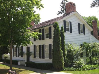 Photo for In the heart of Niagara on the Lake: history, elegance, comfort and charm