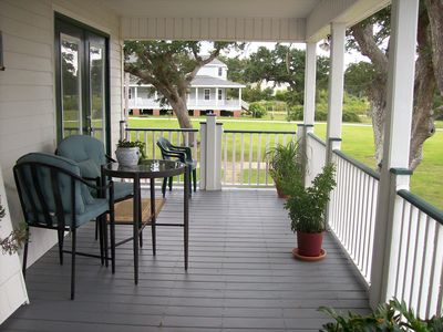 Photo for Quaint Beach Unit On The Beautiful Coast Of Mississippi