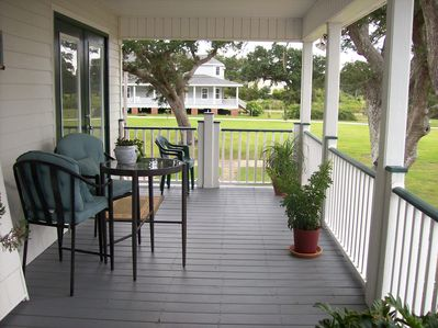 Quaint Beach Unit on the Mississippi Gulf Coast