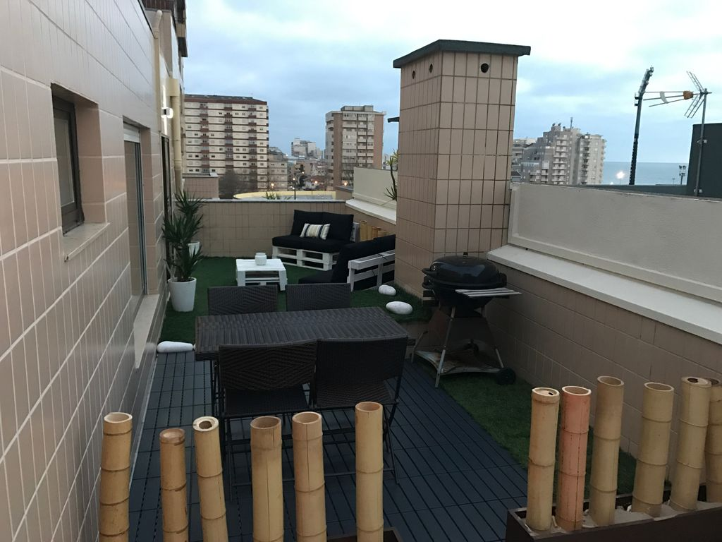 3 bedroom apartment views 360 terrace lounge povoa de for Terrace lounge