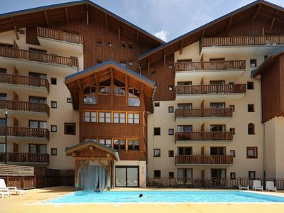Photo for Comfortable apartment located at the ski slopes in Valfréjus