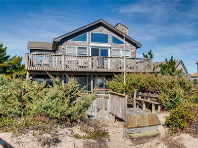 Photo for Watch the Waves Break! Oceanfront, Avon w/ Cmty Pool, Hot Tub, Walk to the Beach