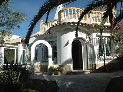 Photo for Villa del Sol, close to Denia, near the beach, family, garden, dogs willk.,