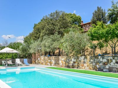 Photo for Villa with private pool, air conditioning near wineries at 3km from village