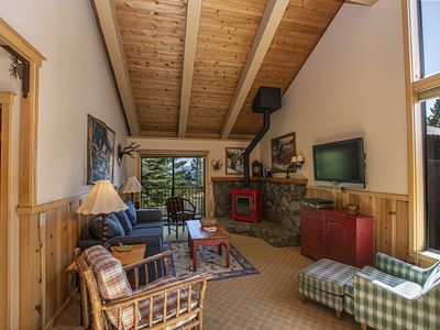 Photo for St. Francis # 24: 4 BR / 3 BA condo and ski lease in Tahoe City, Sleeps 8