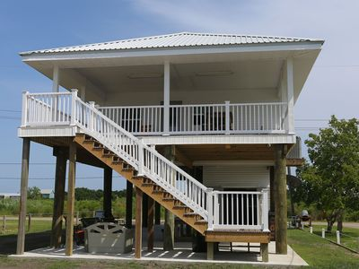 Photo for Bayside Crab Shack - Easy access to the Bay! Park 2 boats easily!
