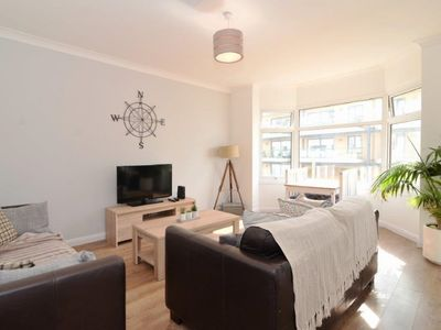 Photo for Stunning 2 bed, sleeps 4