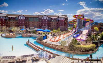 Photo for Wyndham Smokies Waterpark-3 BR SLPS 10-10 Passes-7 nt arrive 5/18
