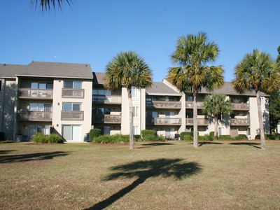 Photo for Fabulous Marsh & Braddock Cove views!. Walk to the Beach & the Salty Dog!