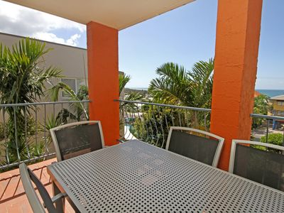 Photo for Unit 4, Cooltoro Court, 7 Frank Street Coolum Beach, 400 BOND, LINEN INCLUDED