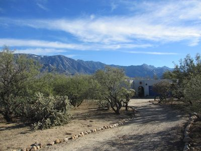 Driveway leading to the Retreat and Casita on Cloud Nine