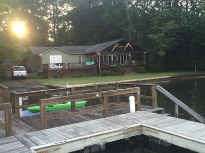 Photo for Lakeside Retreat; Fish, kayak, Screen Porch, Boat Ramp, WiFi and Cable