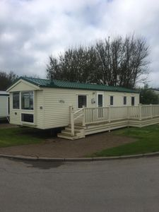 Photo for Great 8 berth caravan for hire at Skipsea Sands holiday park ref 41350NF