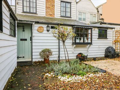Photo for 1BR Cottage Vacation Rental in Whitstable