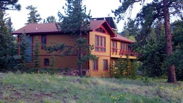 Spacious, Mountain Home with Hot Tub! Only 1.5 hours to Red River Ski Resort!