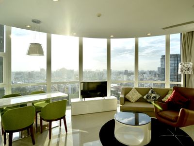 Photo for Son & Henry - SVT2A - Spacious 2BR Apartment, CBD, Rooftop Pool and Sky Bar