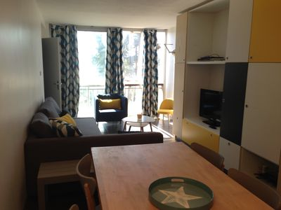 Photo for T2 bis apartment with private parking, on the slopes, renovated.