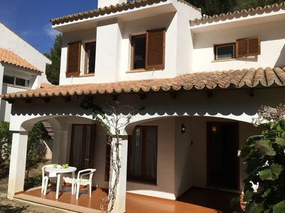 Spacious 2 bed villa, with WiFi and with air con in the bedrooms.