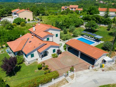 Photo for Holiday House OLIVE GROVE with pool and garden, 3 Beds, 1 Bath, sleeps 6