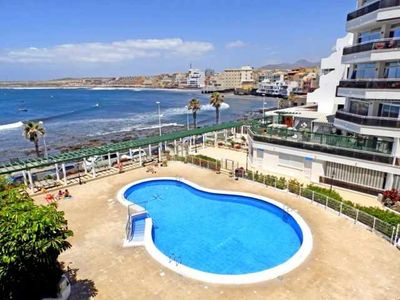 Photo for 1 bedroom apartment with pool and sea views in the Medano