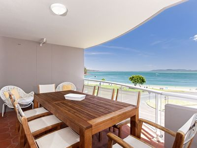 Photo for 12 'Florentine' , 11 Columbia Close - air con, spectacular views