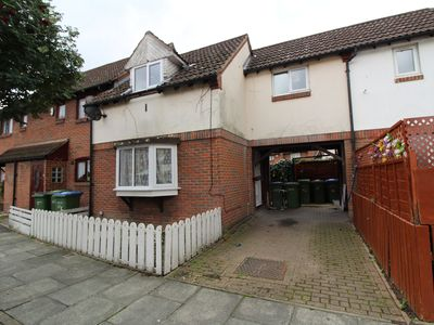 Photo for Comfortable 2 bedroom terrace town house