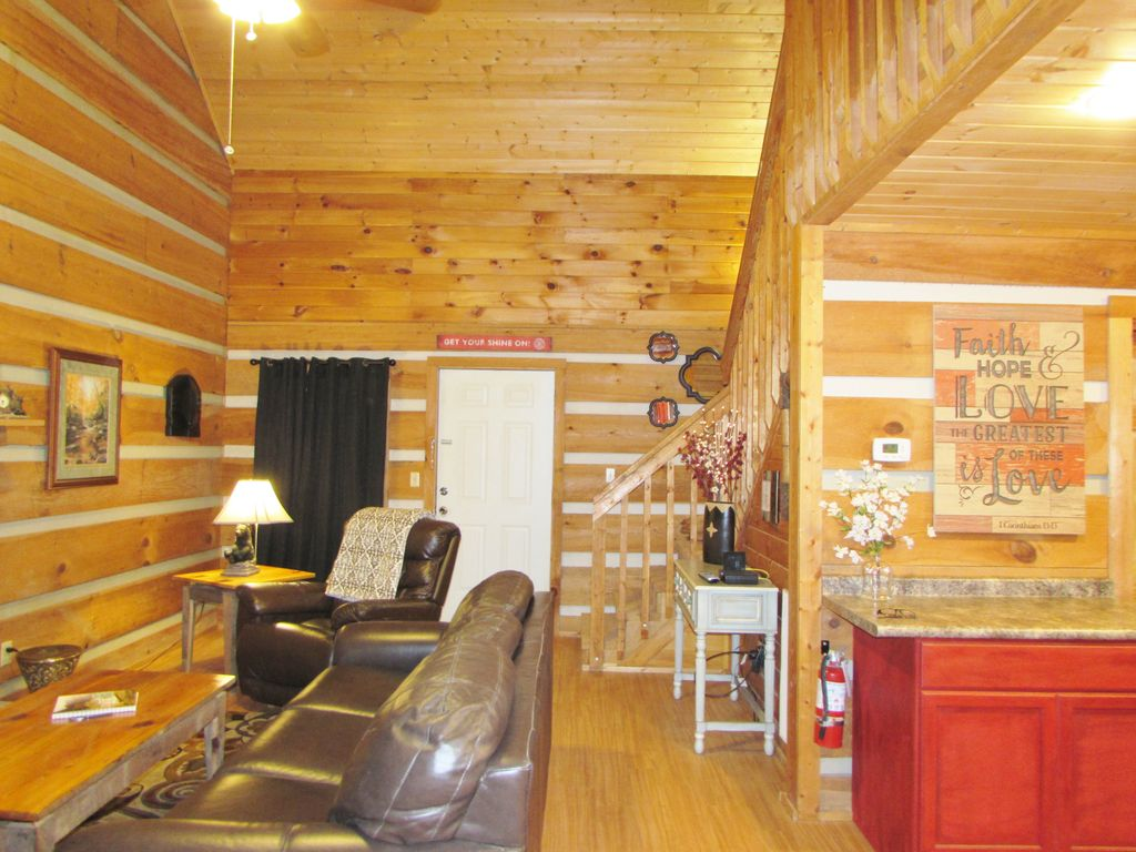 Property Image#16 Cabin In The Smokies Great Cabin King Bed HotTub  Fireplace.