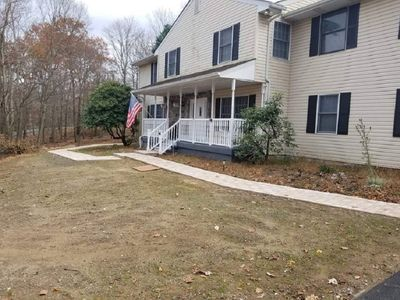 Big House, Lot of Space 2 Living Rm, 4BD, 3BTH
