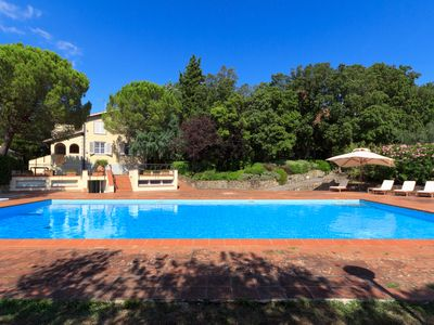 Photo for Luxury villa in Chianti with large swimming pool, design interiors, large terraces