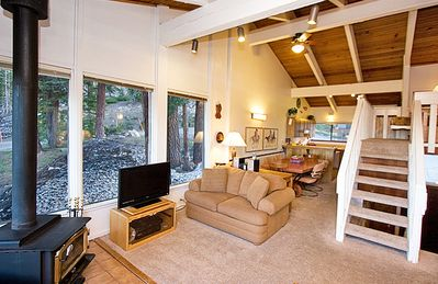 Photo for 2 Bedroom plus Loft with Amazing View 2 Blocks from Canyon Lodge