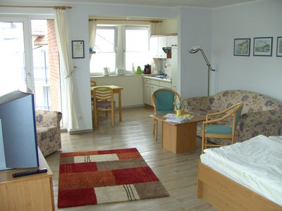 Photo for Light, friendly apartment close to the beach in a central location