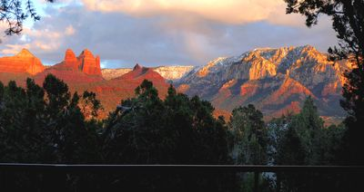 VIEW with a suite; ACTUAL VIEWS!!! Great location in Sedona!
