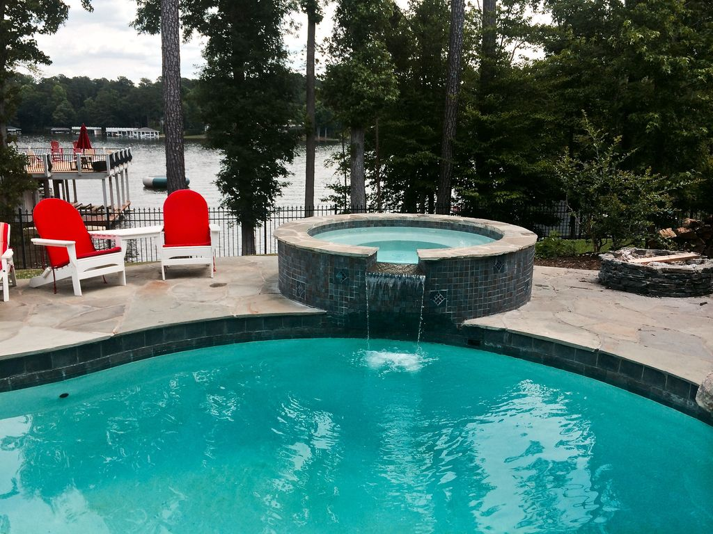 Macdaddy house 10 bedrooms 8 000 sq ft swimming pool Lake gaston rentals with swimming pool