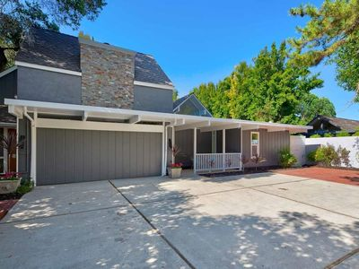 Photo for NEW LISTING! 5BR/3BA in heart of Palo Alto - walking distance to downtown
