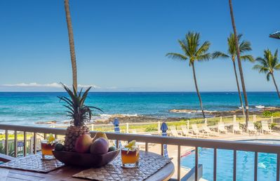 Photo for Sunset in Paradise Oceanfront Condo at Kona Reef 1BR/1BA Fast WiFi and AC