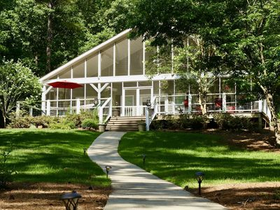 Photo for PRIVATE LAKEFRONT ON SECLUDED COVE ON LAKE OCONEE W/ BOAT DOCK & FIRE PIT