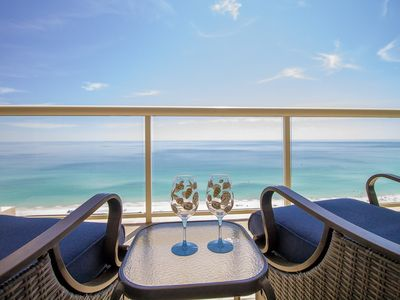 Photo for Open May 2-8* Comp Beach Chairs *High Floor