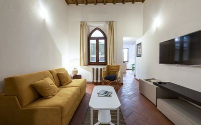 Photo for Gotica - Bright, cozy apartment with terrace in Florence