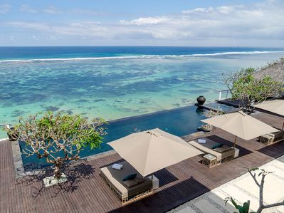 Grand Cliff Nusa Dua - Stunning view from pool