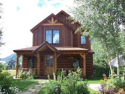 4 Bedroom, Luxury Home in the Town of Crested Butte- Sleeps 9!