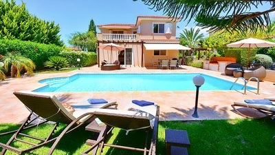 Photo for Beautiful Secluded & Private Four Bedroom Villa With Private Pool In Coral Bay.