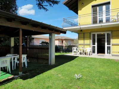 Photo for 2 bedroom Apartment, sleeps 6 in Porto Valtravaglia with WiFi