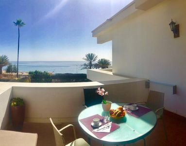 Having Breakfast in the Sun on the balcony  with sea view- SEA VIEW PENTHOUSE A