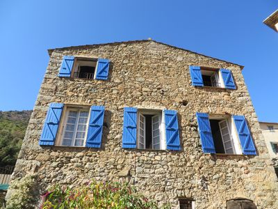 Photo for Casa di Muro, large village cottage with garden for 8 people.