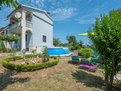 Photo for Apartment Olivia in Pićan - 5 persons, 2 bedrooms
