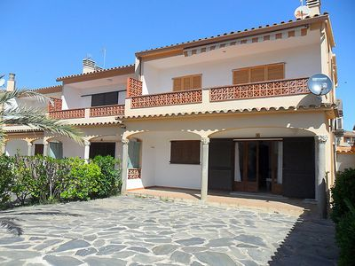 Photo for Apartment Adelfa apt. 1 in L'Escala - 5 persons, 2 bedrooms