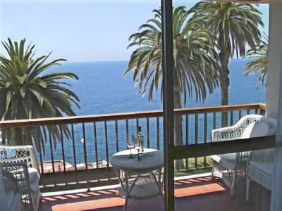Photo for Ocean facing, Ocean front apartment -stunning panoramic views,excellent location